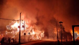Cile in fiamme